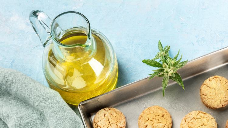 Should I bake with Cannabis Oil or Cannabis-Infused Oils?