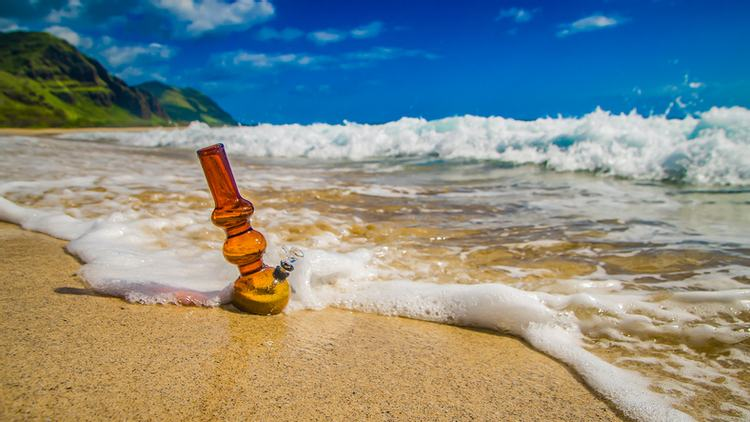 5 Island Vacation Spots in Legal Cannabis Country