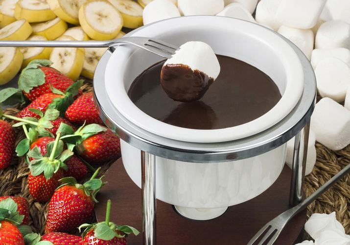 Make Infused Chocolate Fondue this Valentine's Day
