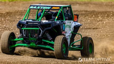 Shawn Saxton Driving Team Hytiva UTV